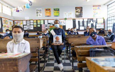Miss SA Shudufhadzo Musida visits Riverton Primary in Bishop Lavis